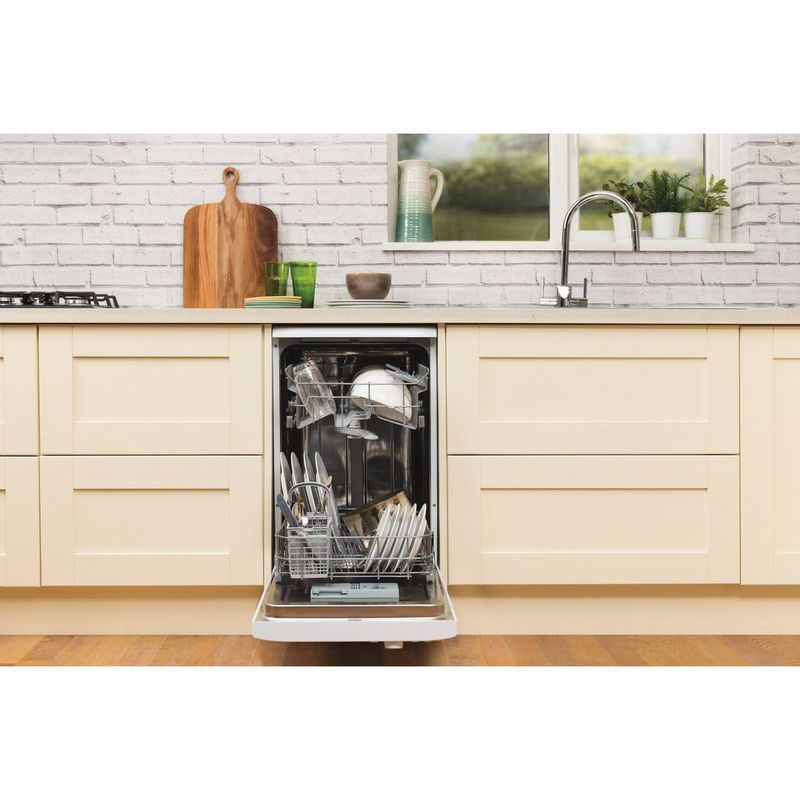 Hotpoint-Dishwasher-Free-standing-SIAL-11010-P-Free-standing-A-Lifestyle_Frontal_Open
