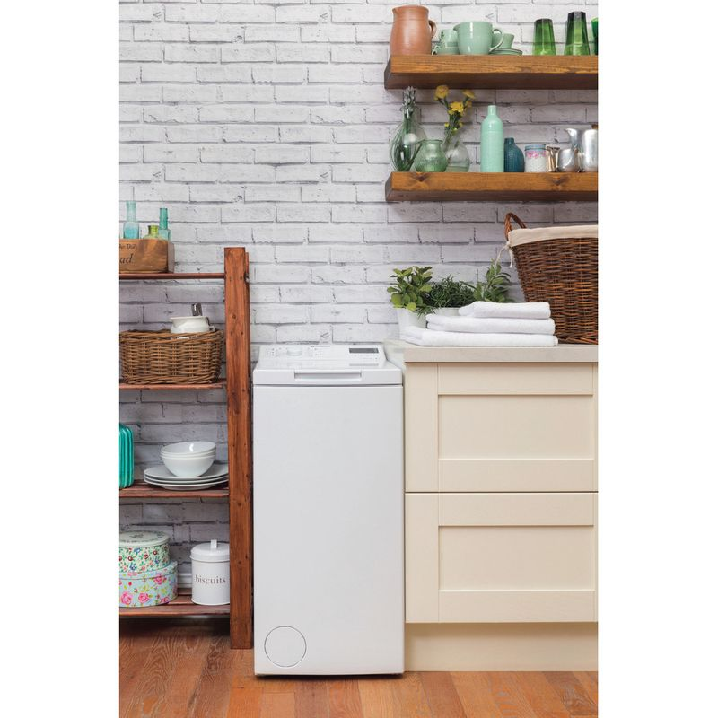 Hotpoint-Washing-machine-Free-standing-WMTF-722-H-UK-White-Top-loader-A---Lifestyle_Frontal
