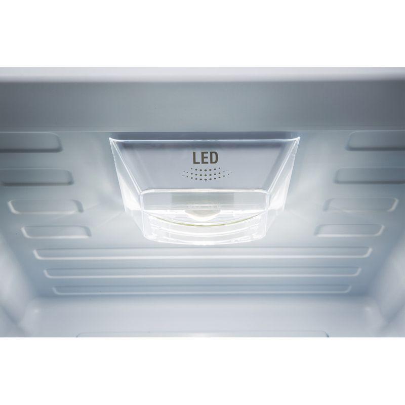 Hotpoint-Fridge-Freezer-Free-standing-XECO85-T2I-WH-White-2-doors-Lifestyle-detail