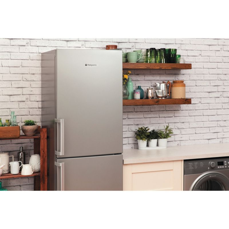 Hotpoint-Fridge-Freezer-Free-standing-LAG85-N1I-GH-Graphite-2-doors-Lifestyle-perspective