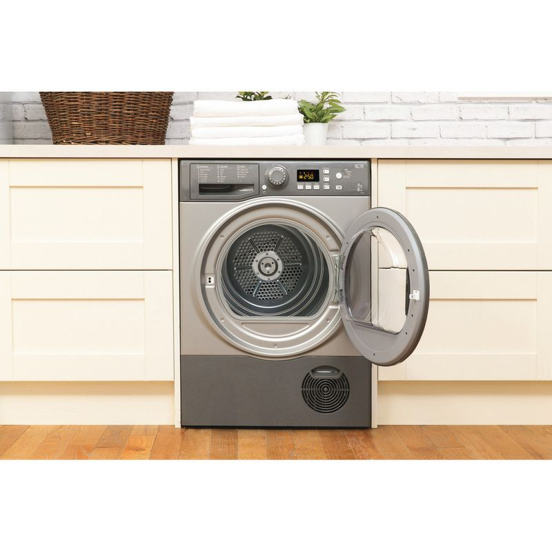 Hotpoint-Dryer-FTCF-87B-GG--UK--Graphite-Lifestyle_Frontal_Open