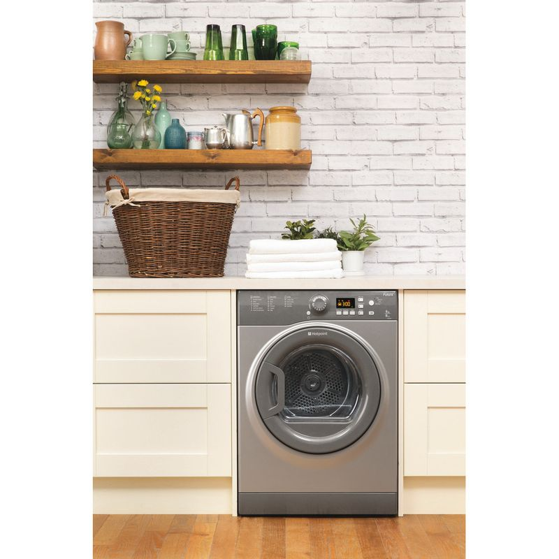 Hotpoint-Dryer-FTVFG-65B-GG--UK--Graphite-Lifestyle_Frontal