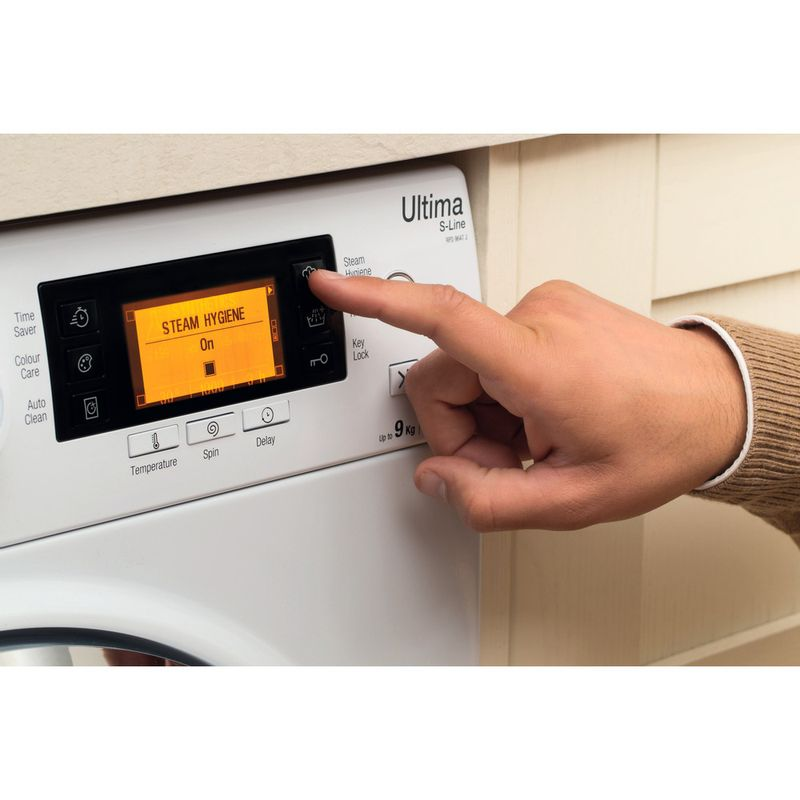 Hotpoint-Washing-machine-Free-standing-RPD-10657-JX-UK-White-Front-loader-A----Lifestyle_People