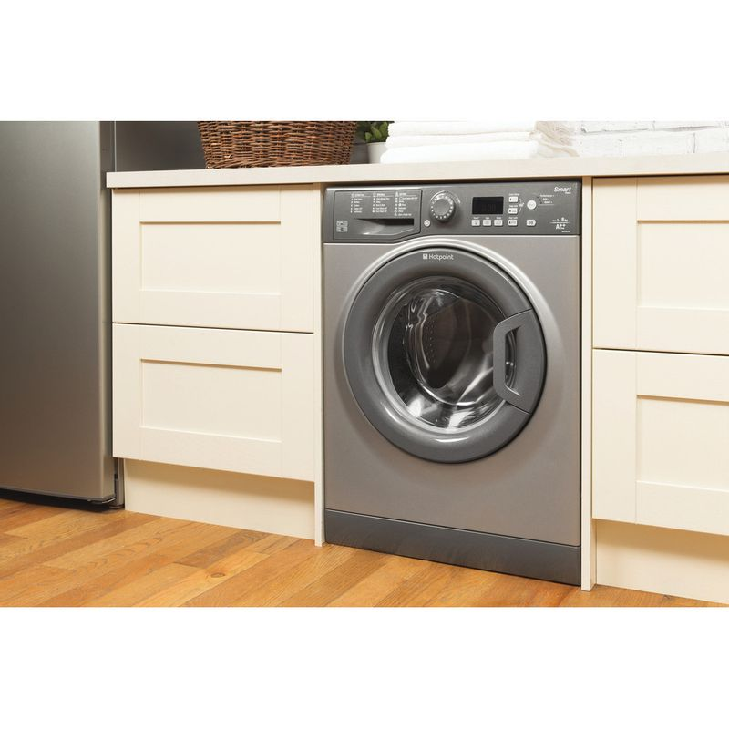 Hotpoint-Washing-machine-Free-standing-WMFUG-842G-UK-White-Front-loader-A---Lifestyle_Perspective