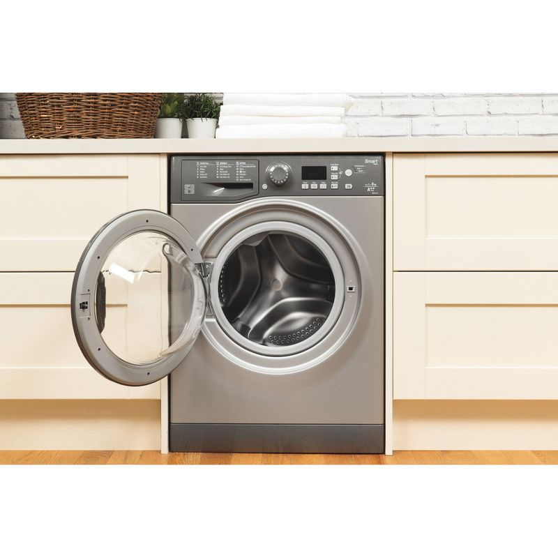 Hotpoint-Washing-machine-Free-standing-WMFUG-842G-UK-White-Front-loader-A---Lifestyle_Frontal_Open