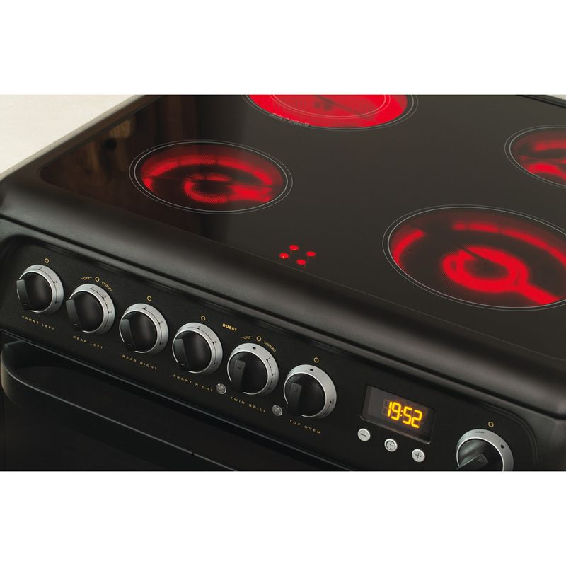 Hotpoint-Double-Cooker-DUE61BC-Charcoal-grey-A-Vitroceramic-Lifestyle-control-panel