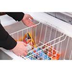 Hotpoint-Freezer-Free-standing-CS1A-400-FM-H--UK--White-Lifestyle_People