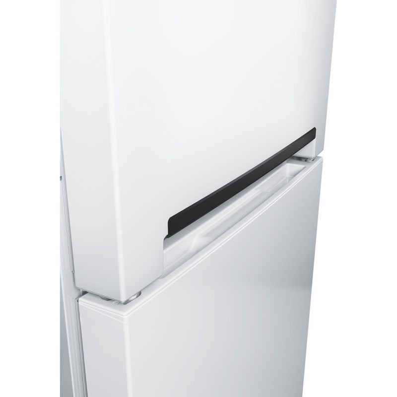 Hotpoint-Fridge-Freezer-Free-standing-SMX-85-T1U-W-White-2-doors-Lifestyle-detail