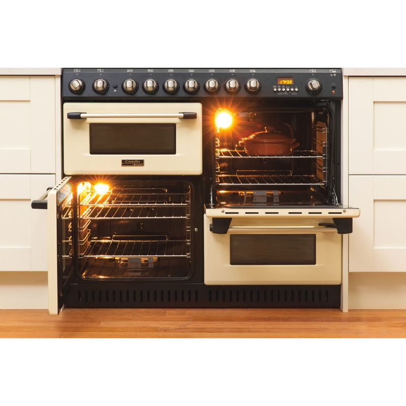 Hotpoint-Double-Cooker-CH10755GF-S-Crema-A--Enamelled-Sheetmetal-Lifestyle-frontal-open