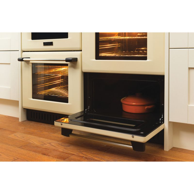 Hotpoint-Double-Cooker-CH10755GF-S-Crema-A--Enamelled-Sheetmetal-Lifestyle-perspective-open