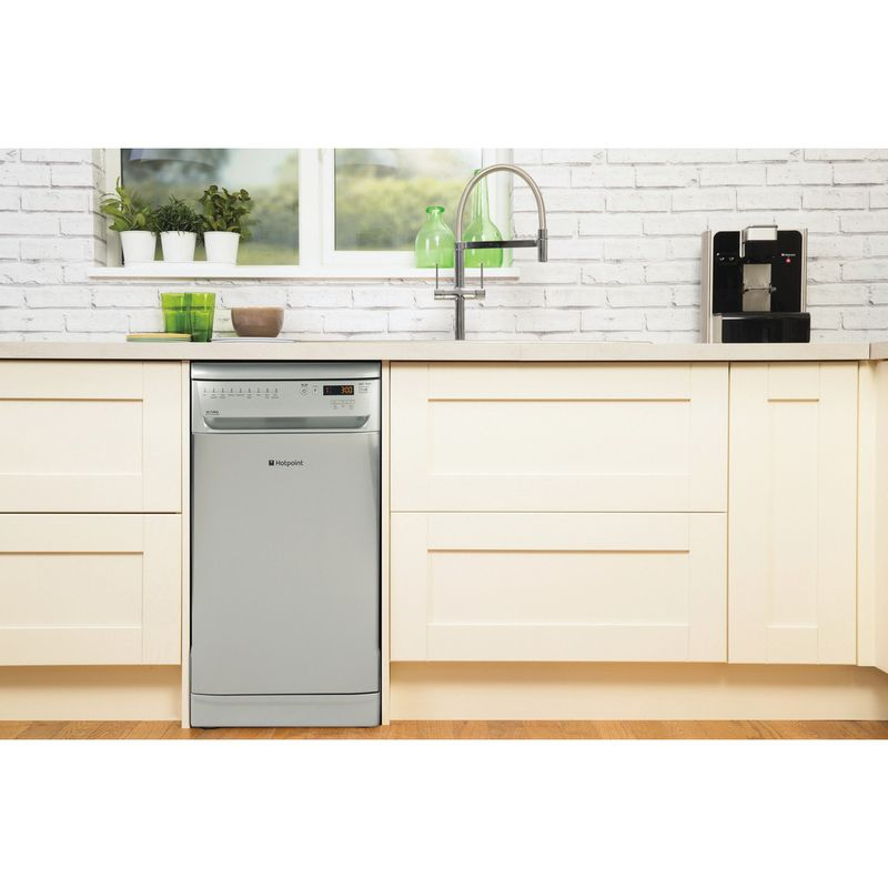 Hotpoint-Dishwasher-Free-standing-SIUF-32120-X-Free-standing-A-Lifestyle-frontal