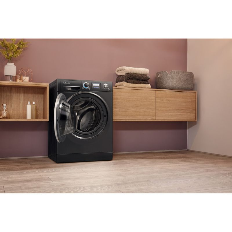 Hotpoint-Washing-machine-Free-standing-RZ-1066-B-UK-Black-Front-loader-A----Lifestyle_Perspective_Open