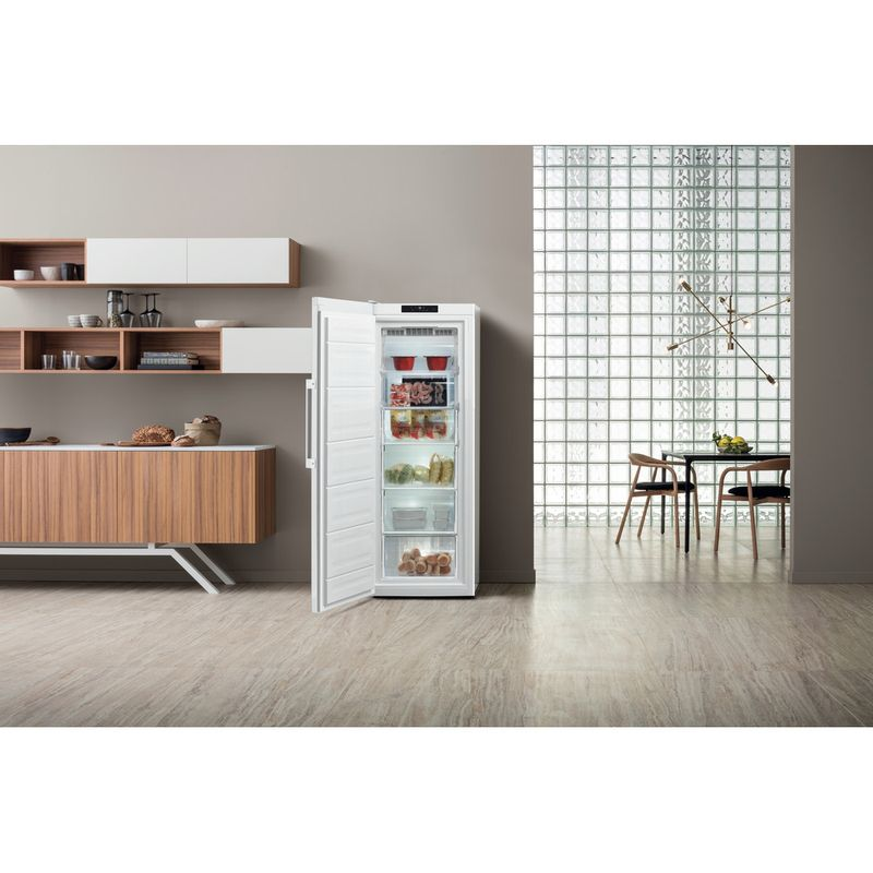 Hotpoint-Freezer-Free-standing-UH6-F1C-W-UK-Global-white-Lifestyle-frontal-open