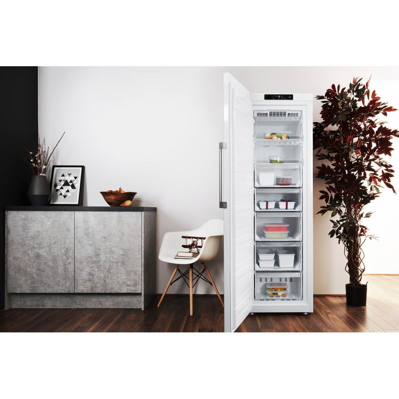 Hotpoint-Freezer-Free-standing-UH8-F1C-W-UK-Global-white-Lifestyle-frontal-open