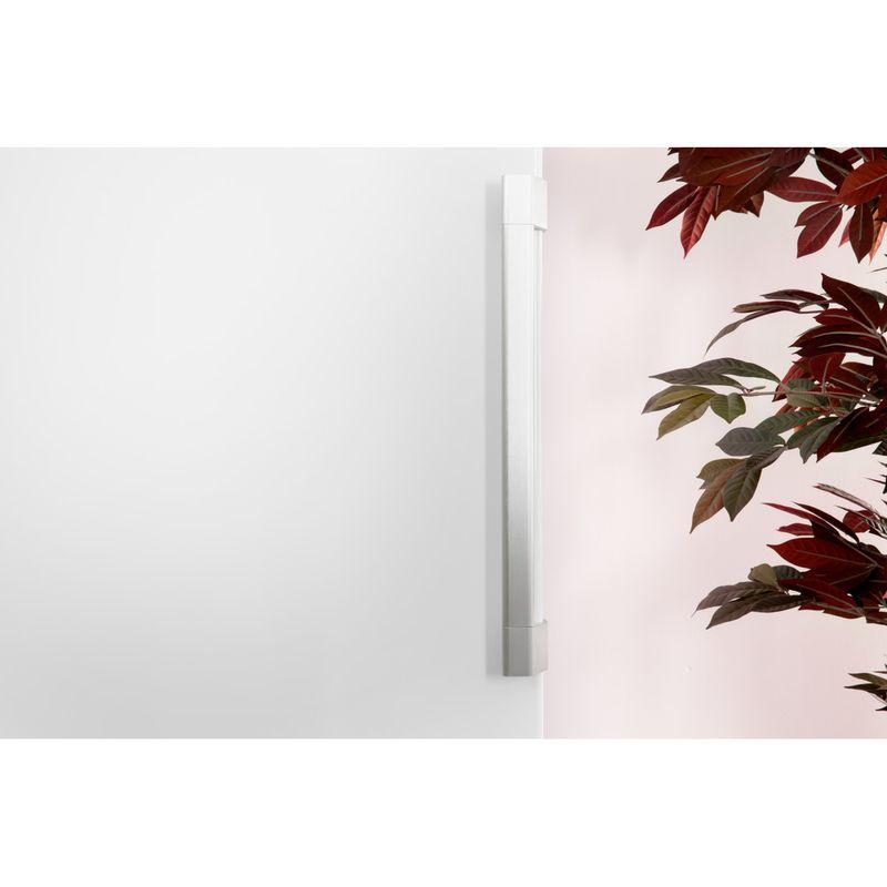 Hotpoint-Freezer-Free-standing-UH8-F1C-W-UK-Global-white-Lifestyle-detail