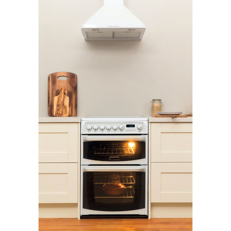 Hotpoint-Double-Cooker-CH60EKW-S-White-B-Vitroceramic-Lifestyle_Frontal