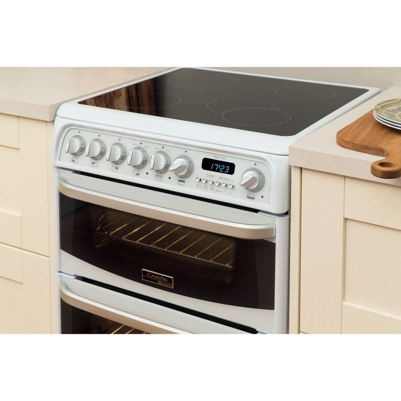 Hotpoint-Double-Cooker-CH60EKW-S-White-B-Vitroceramic-Lifestyle_Perspective