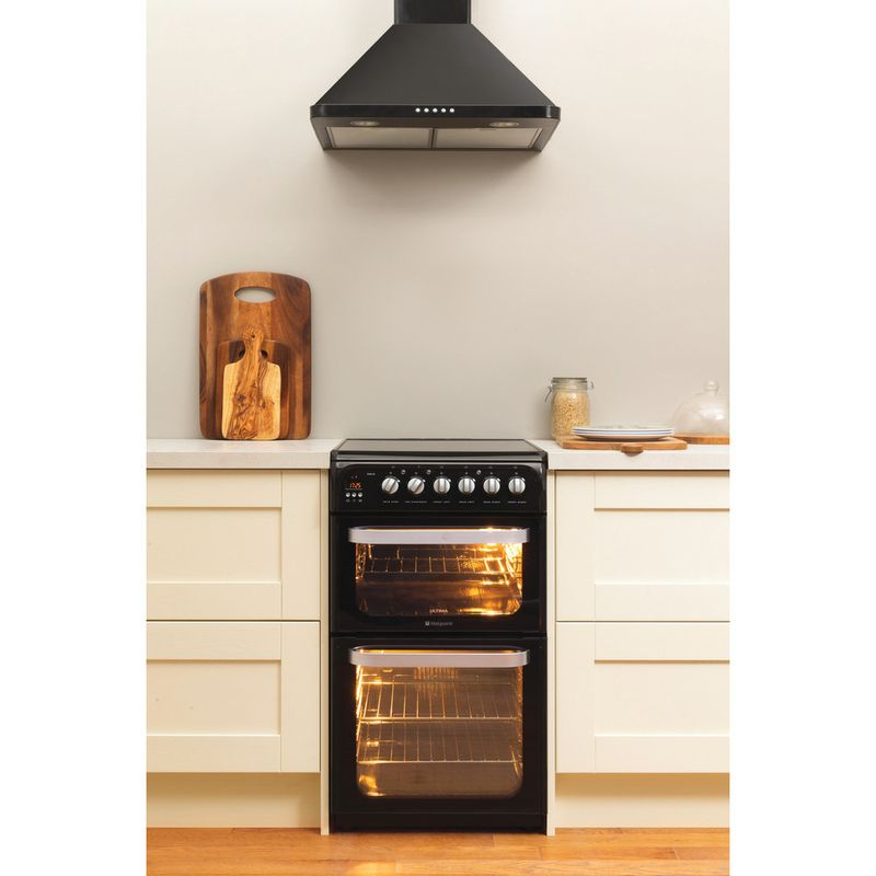 Hotpoint-Double-Cooker-HUE52K-S.0-Black-A-Vitroceramic-Lifestyle-frontal