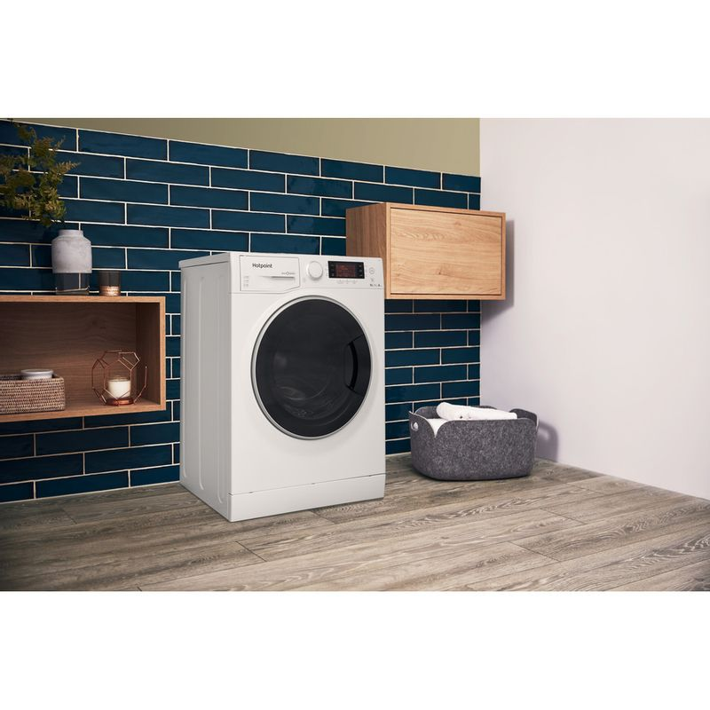 Hotpoint-Washer-dryer-Free-standing-RD-966-JD-UK-White-Front-loader-Lifestyle-perspective
