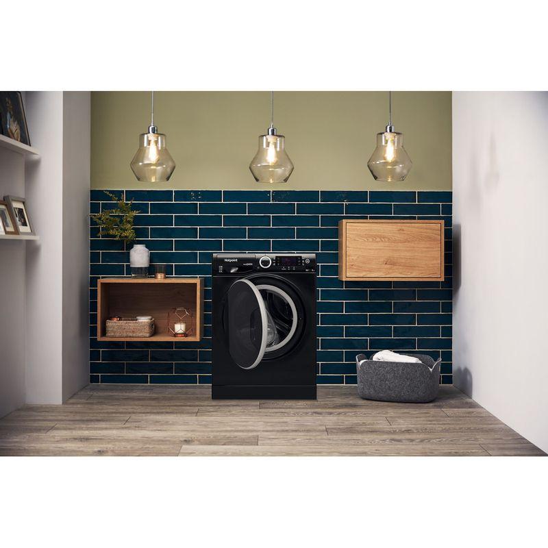 Hotpoint-Washer-dryer-Free-standing-RD-966-JKD-UK-Black-Front-loader-Lifestyle_Frontal_Open