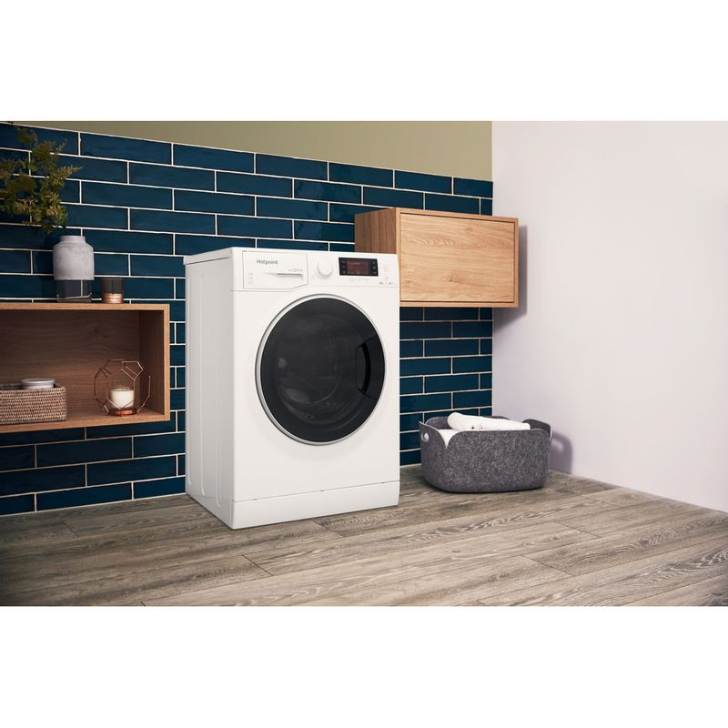 Hotpoint-Washer-dryer-Free-standing-RD-1076-JD-UK-White-Front-loader-Lifestyle-perspective