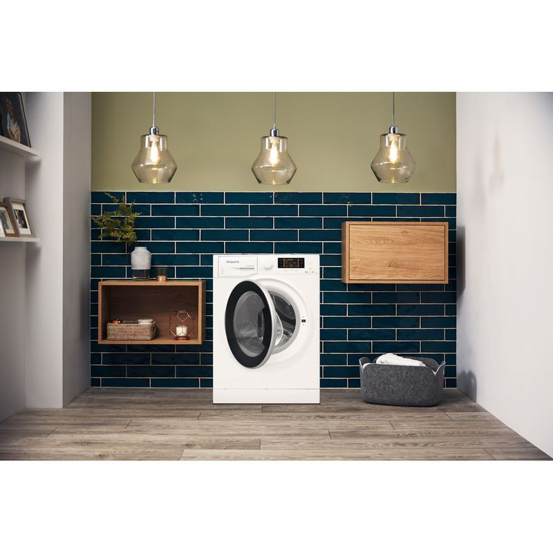 Hotpoint-Washer-dryer-Free-standing-RD-1076-JD-UK-White-Front-loader-Lifestyle-frontal-open