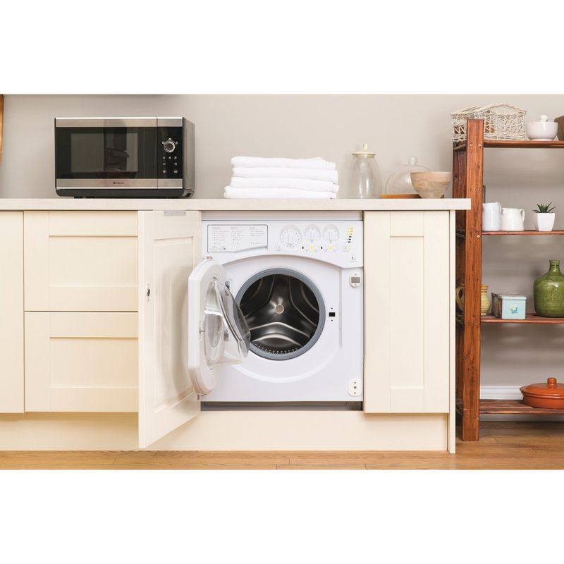 Hotpoint-Washer-dryer-Built-in-BHWD-149--UK--1-White-Front-loader-Lifestyle_Frontal_Open