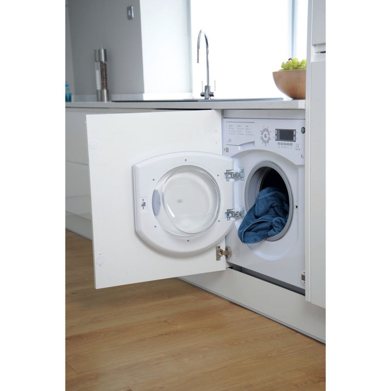 Hotpoint-Washing-machine-Built-in-BHWMD-732--UK--White-Front-loader-A---Lifestyle_Perspective_Open