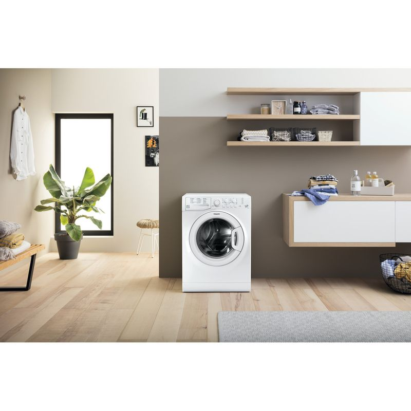 Hotpoint-Washing-machine-Free-standing-FML-942P-UK-White-Front-loader-A---Lifestyle_Frontal