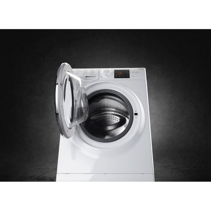 Hotpoint-Washing-machine-Free-standing-RSG-964-JX-UK-White-Front-loader-A----Lifestyle_Frontal_Open