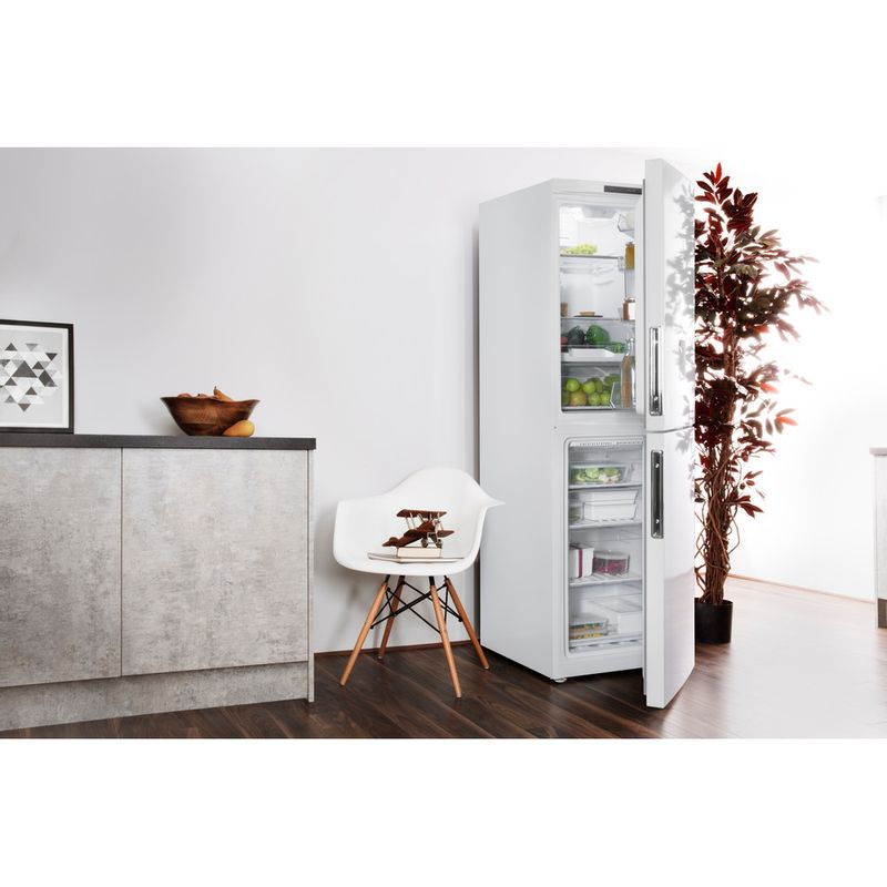 Hotpoint-Fridge-Freezer-Free-standing-LAL85-FF1I-W-WTD-White-2-doors-Lifestyle-perspective-open
