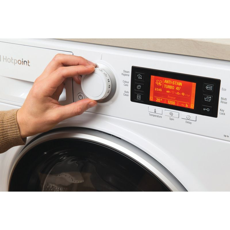 Hotpoint-Washing-machine-Free-standing-RPD-1165-DD-UK-1-White-Front-loader-A----Lifestyle_People