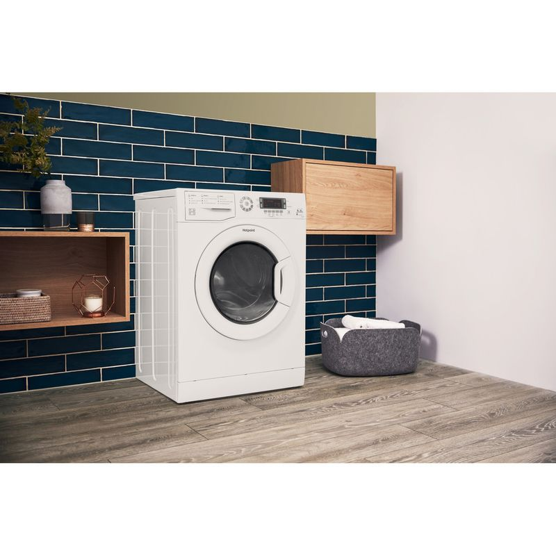 Hotpoint-Washer-dryer-Free-standing-FDD-9640P-UK-White-Front-loader-Lifestyle-perspective