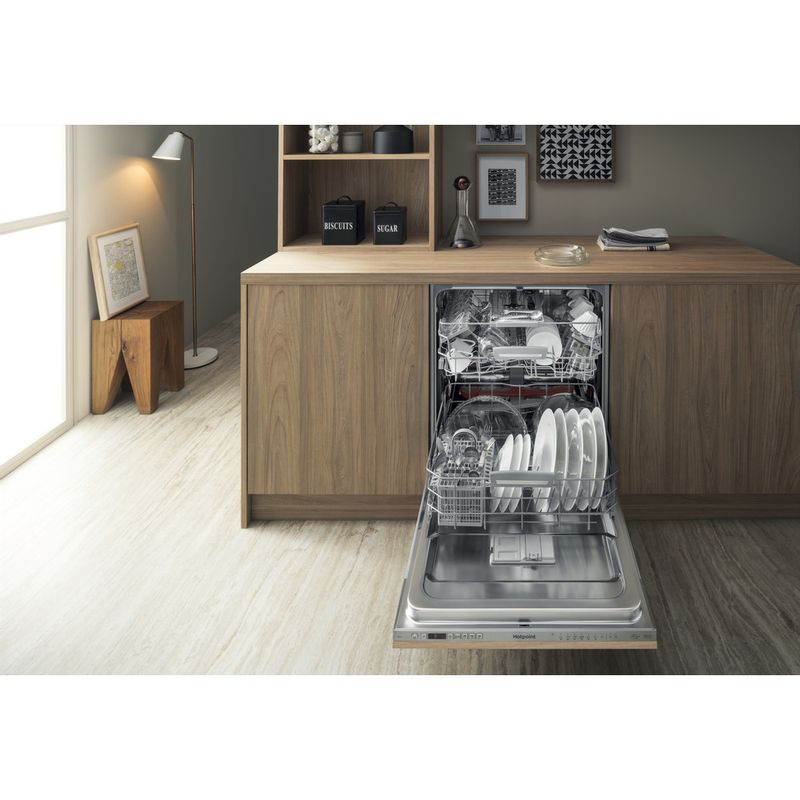 Hotpoint-Dishwasher-Built-in-HIO-3T232-WG-E-UK-Full-integrated-Not-available-Lifestyle-frontal-open