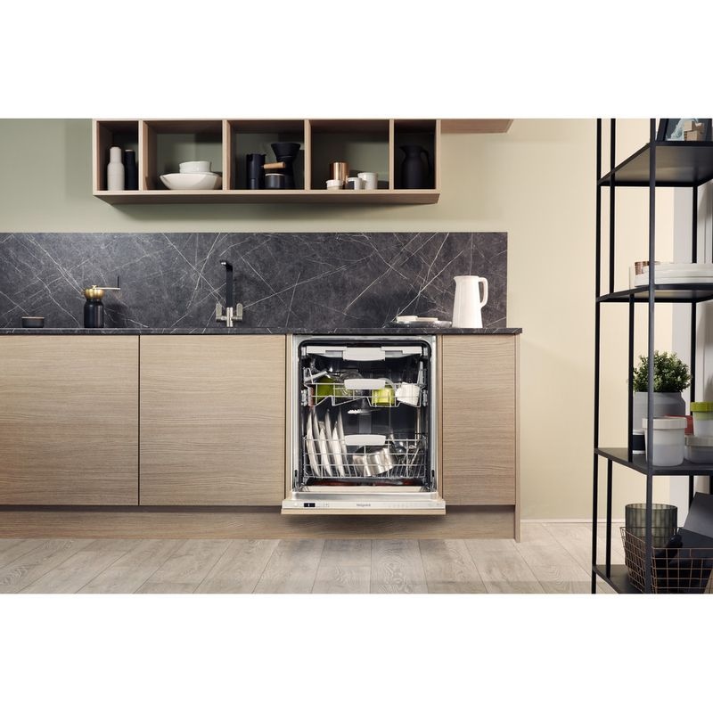 Hotpoint-Dishwasher-Built-in-HIC-3C26-WF-UK-Full-integrated-A---Lifestyle-frontal-open