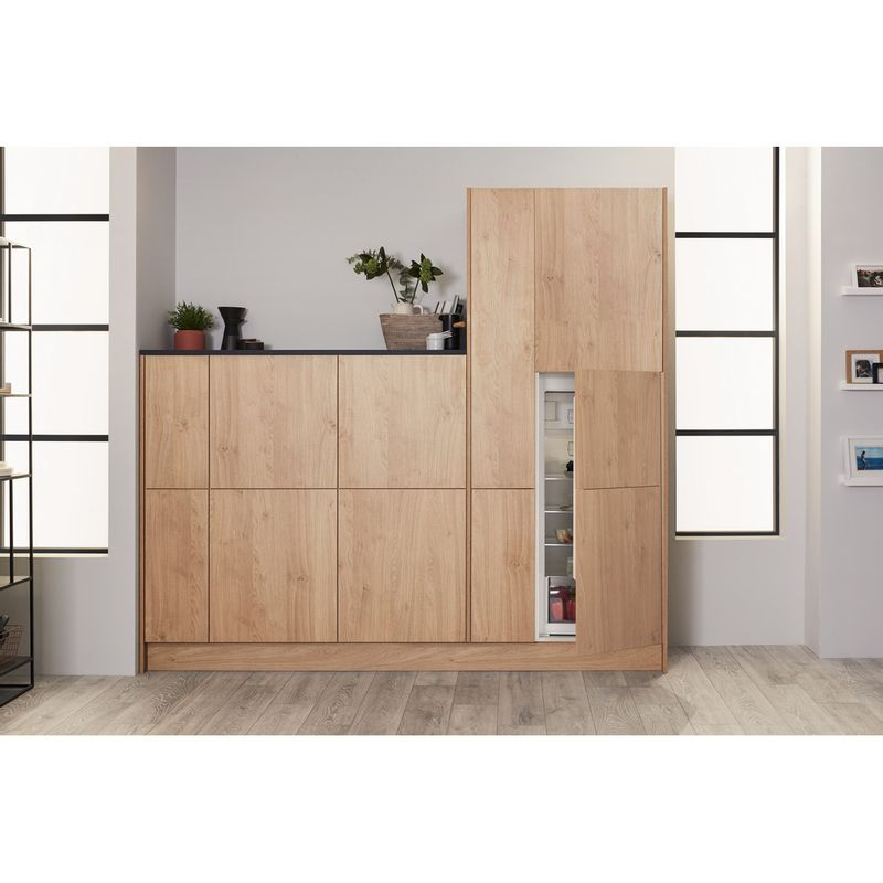 Hotpoint-Refrigerator-Built-in-HSZ-12-A2D.UK-Inox-Lifestyle_Frontal_Open