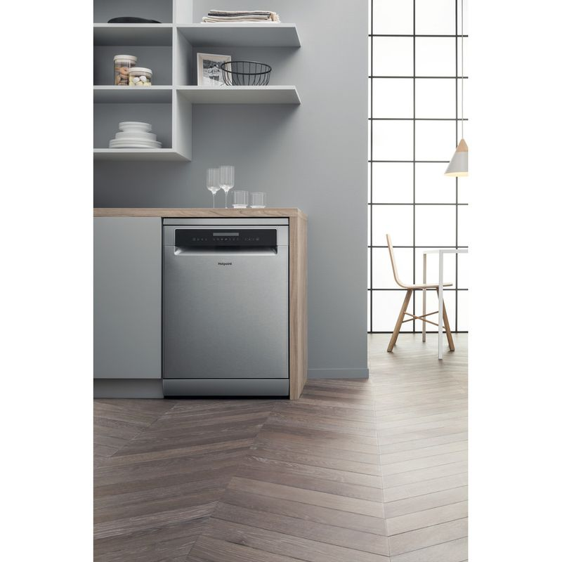 Hotpoint-Dishwasher-Free-standing-HFP-4O22-WG-C-X-UK-Free-standing-A---Lifestyle_Frontal