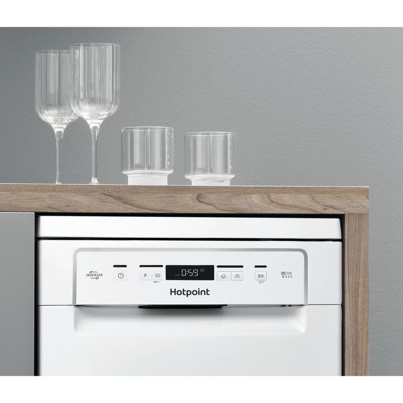 Hotpoint-Dishwasher-Free-standing-HSFC-3M19-C-UK-Free-standing-F-Lifestyle-control-panel