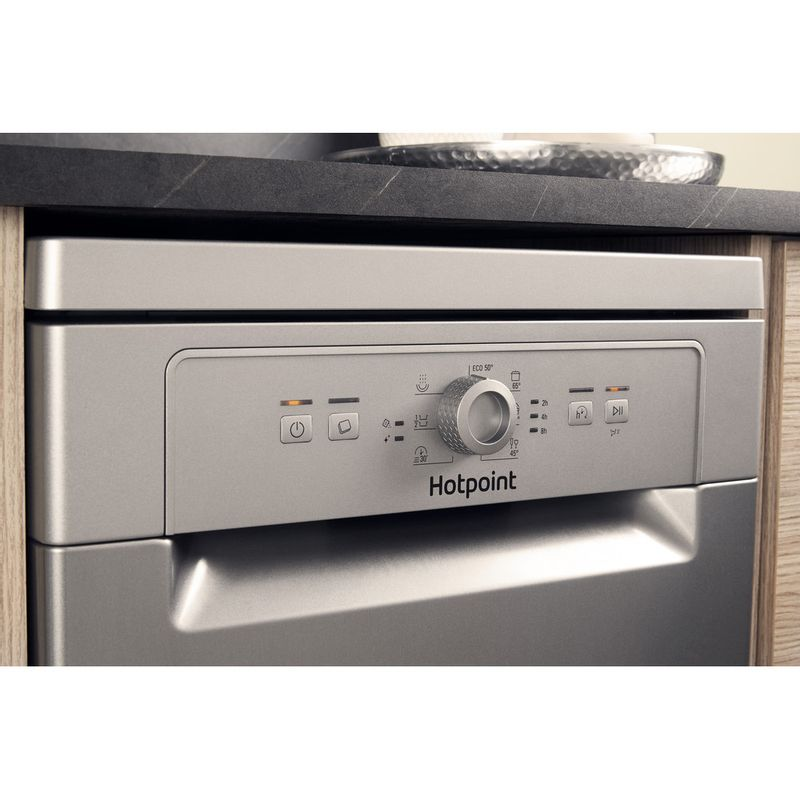 Hotpoint-Dishwasher-Free-standing-HSFE-1B19-S-UK-Free-standing-F-Lifestyle-control-panel