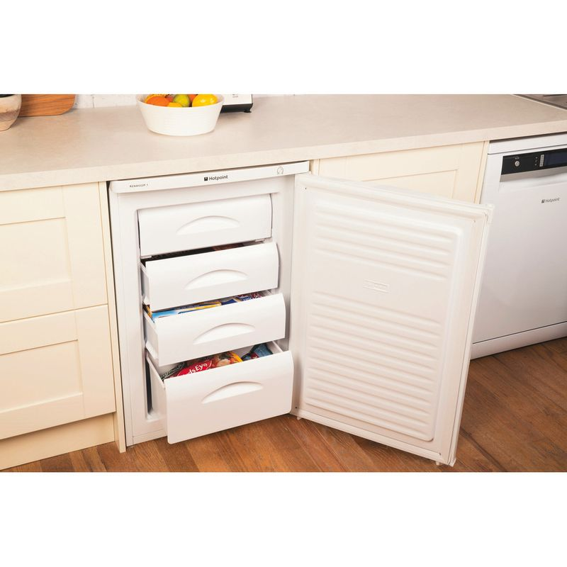 Hotpoint-Freezer-Free-standing-RZAAV22P.1.1-White-Lifestyle-perspective-open