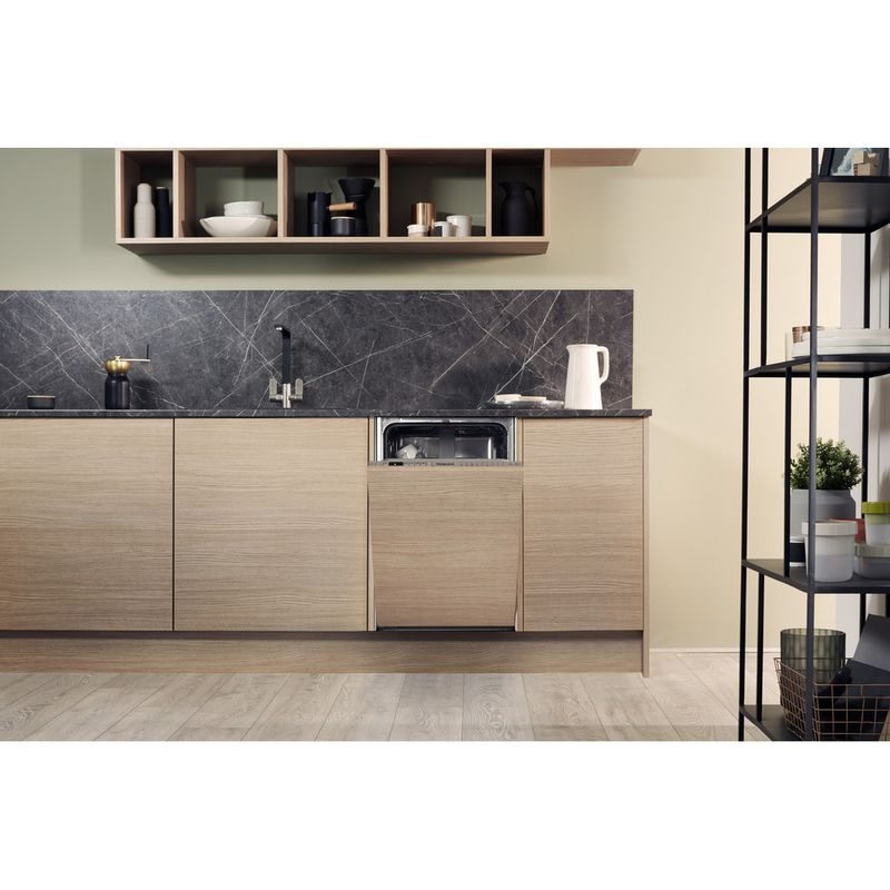 Hotpoint-Dishwasher-Built-in-HSIO-3T223-WCE-UK-Full-integrated-A---Lifestyle-frontal