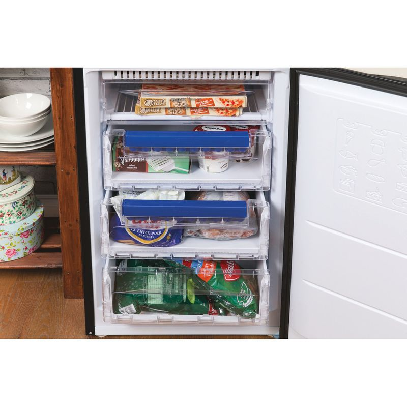 Hotpoint-Fridge-Freezer-Free-standing-HBNF-5517-B-UK-Black-2-doors-Lifestyle-detail