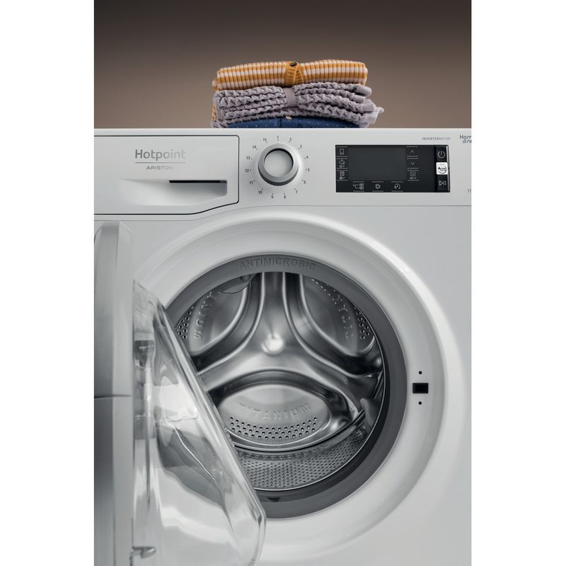 Hotpoint-Washing-machine-Free-standing-NLLCD-1165-WD-ADW-UK-White-Front-loader-A----Lifestyle_Frontal_Open
