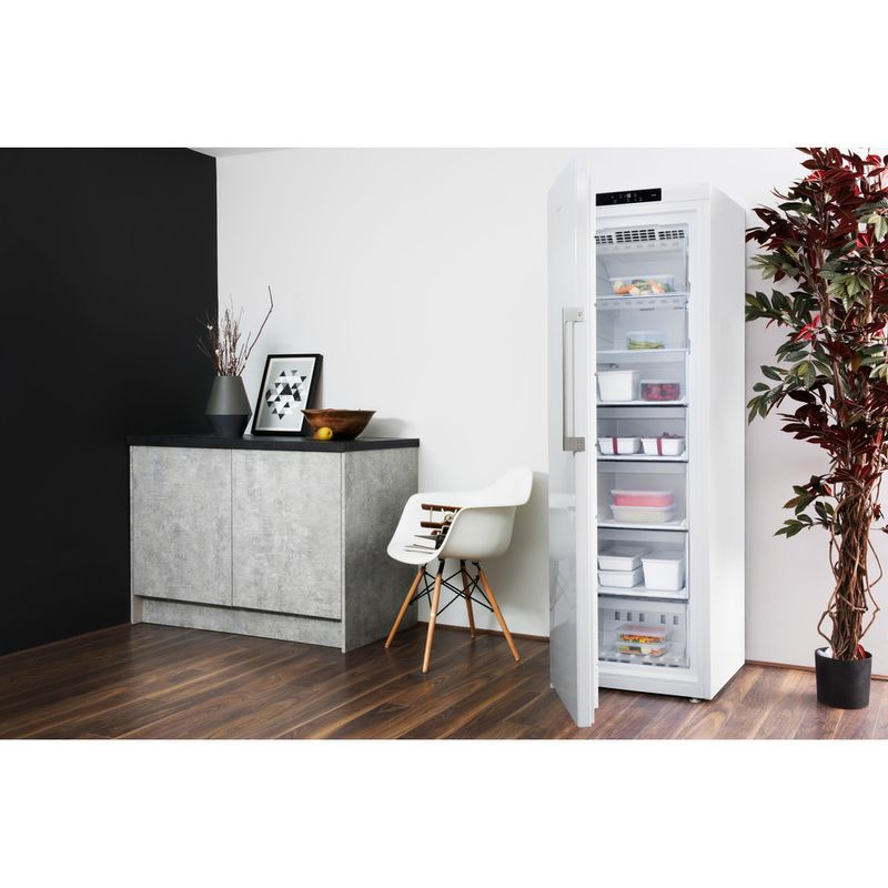 Hotpoint-Freezer-Free-standing-UH8-F1C-W-UK.1-Global-white-Lifestyle-perspective-open