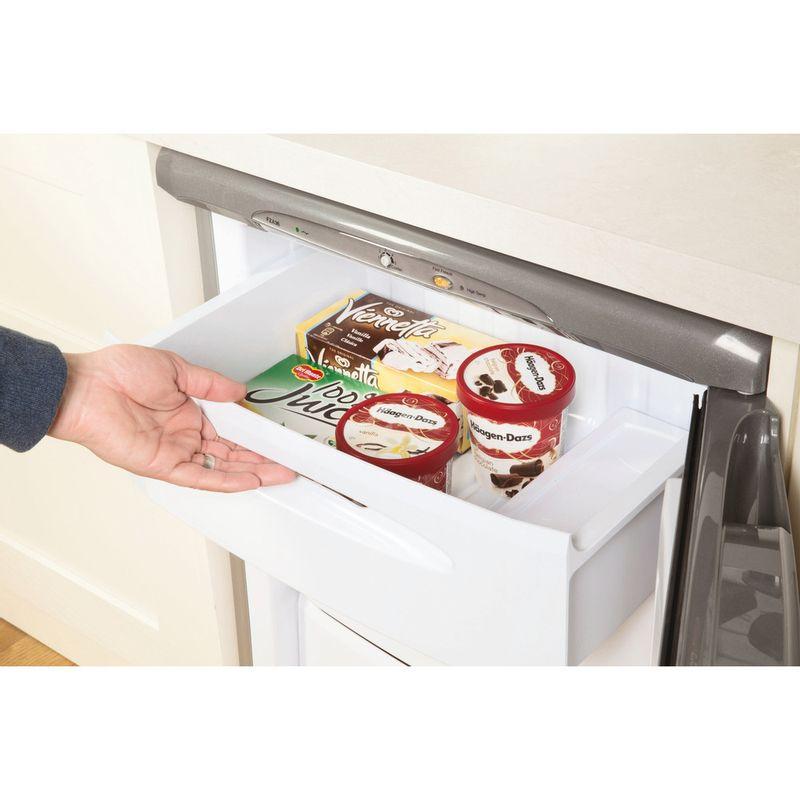 Hotpoint-Freezer-Free-standing-FZA36G.1-Graphite-Lifestyle-people