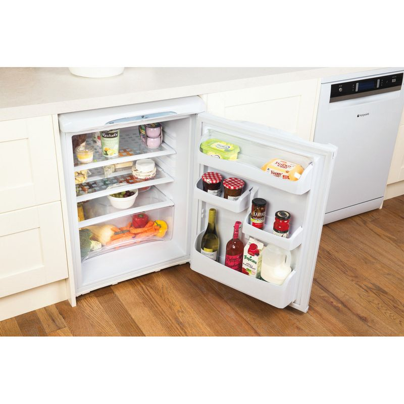 Hotpoint-Refrigerator-Free-standing-RLA36P.1-Global-white-Lifestyle-perspective-open