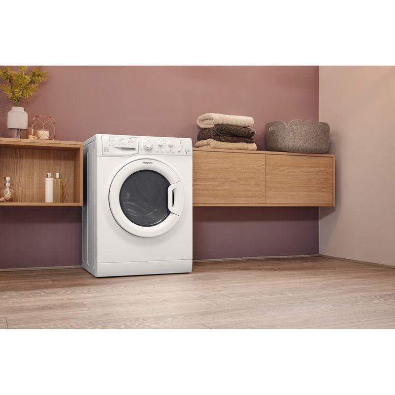 Hotpoint-Washer-dryer-Free-standing-FDL-754-P-UK-White-Front-loader-Lifestyle-perspective