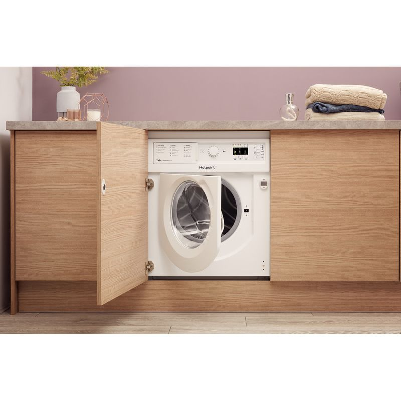 Hotpoint-Washer-dryer-Built-in-BI-WDHL-7128-UK-White-Front-loader-Lifestyle-frontal-open