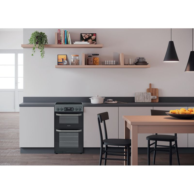 Hotpoint-Double-Cooker-HD5V93CCSS-UK-Silver-A-Vitroceramic-Lifestyle-frontal