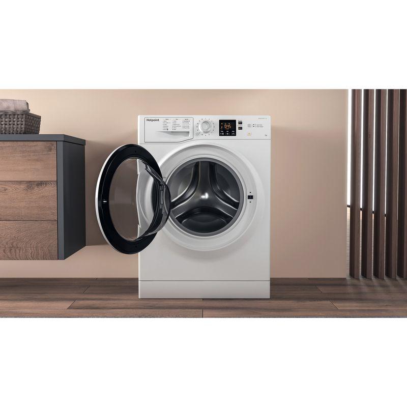 Hotpoint-Washing-machine-Free-standing-NSWA-1043C-WW-UK-White-Front-loader-A----Lifestyle_Frontal_Open